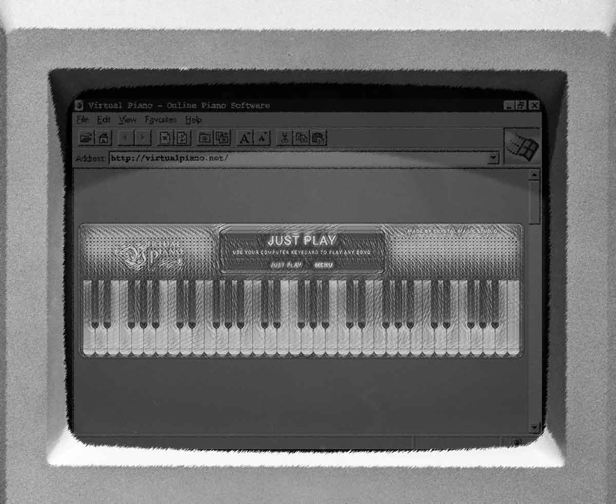 The Original Online Piano - Virtual Piano, 2002