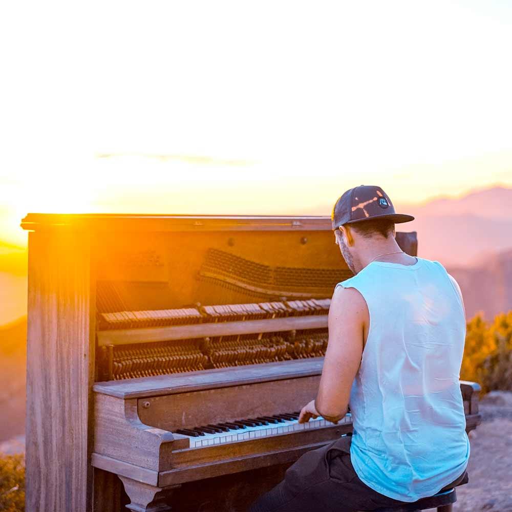 Upright Piano Lessons, Virtual Piano