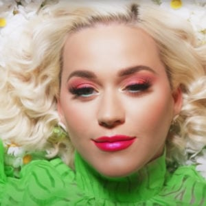 Katy Perry, Artist on Virtual Piano, Play Piano Online