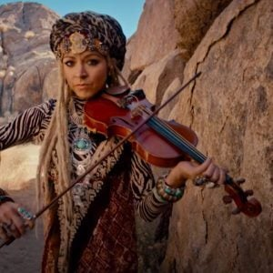 Lindsey Stirling, Artist on Virtual Piano, Play Piano Online