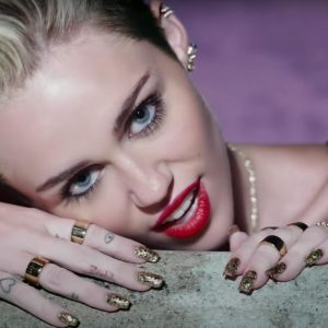 Miley Cyrus, Artist on Virtual Piano, Play Piano Online