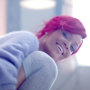 Rihanna, Artist on Virtual Piano, Play Piano Online