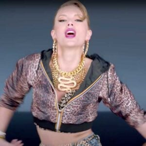 Shake it Off, Taylor Swift, Intermediate, Online Pianist, Virtual Piano