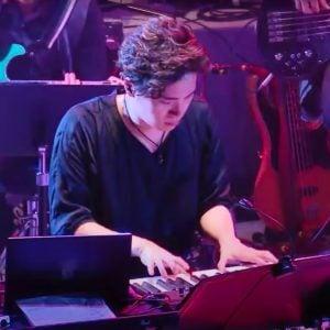 Yuki Hayashi, Artist on Virtual Piano, Play Piano Online